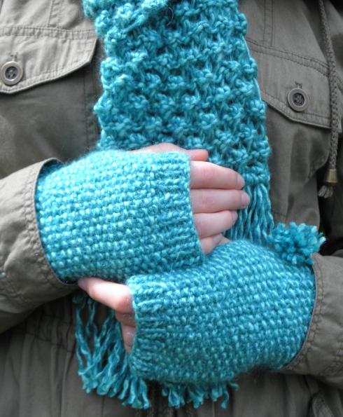 Knitting Universe Knitters Paintbox : Knitting paint drops keep falling page