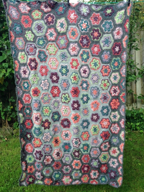 african-flower-blanket-finished