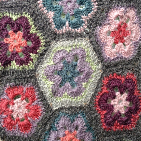 african-hexagon-blanket-claire-leggett-5